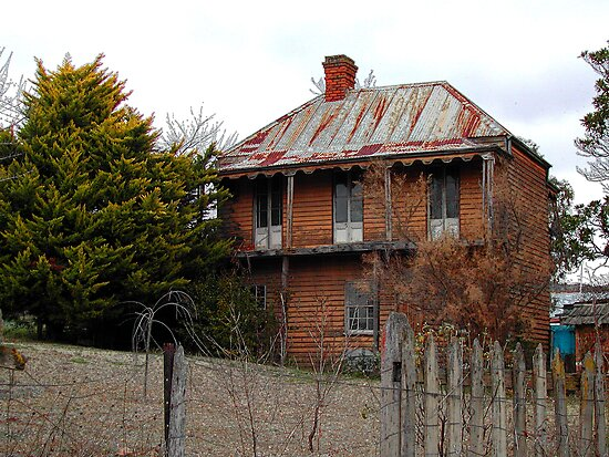 Luxury Living From The Past in Sofala NSW by Bev Woodman