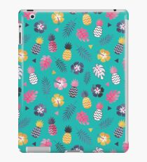 Forever Summer Tropical Pattern on Mint Green iPad Case/Skin