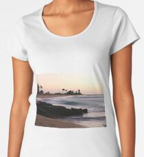 Early morning at Sandy beach Women's Premium T-Shirt