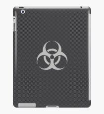 Black and WhiteToxic Symbol in Carbon Fiber Pattern iPad Case/Skin