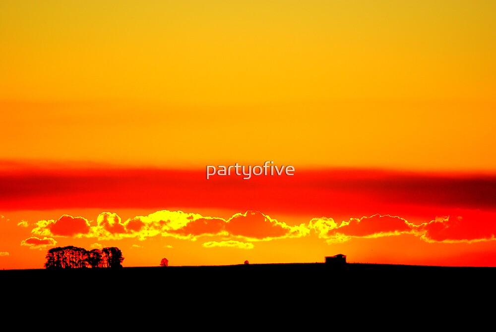 sun down.. by partyofive