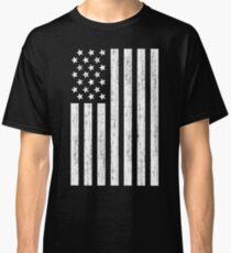 American Flag Distressed - Stars & Stripes Grunge in Black & White Classic T-Shirt
