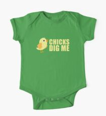Chicks Dig Me [ Tshirt & iPad Case ] One Piece - Short Sleeve