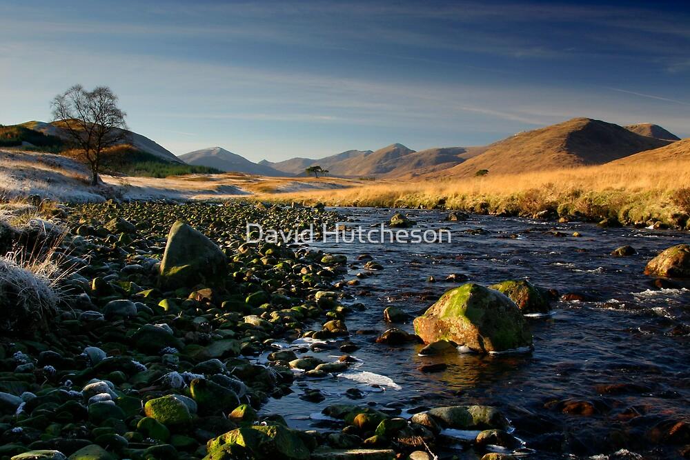 River bed - Glen Kinglass by David Hutcheson