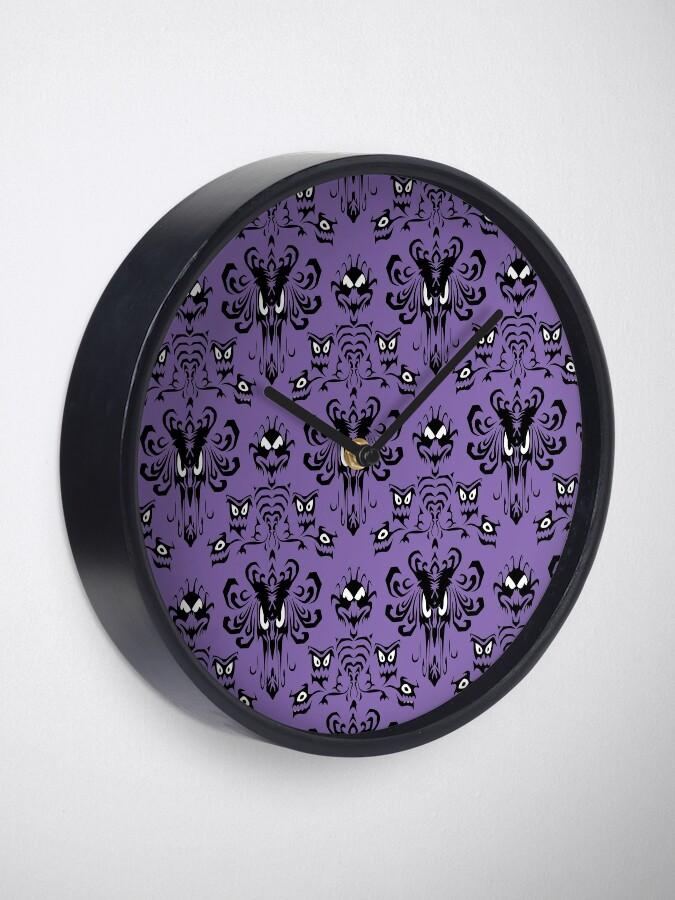 Alternate view of 999 Happy Haunts Clock