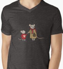 Mama Mouse Loves Mini Mouse Men's V-Neck T-Shirt