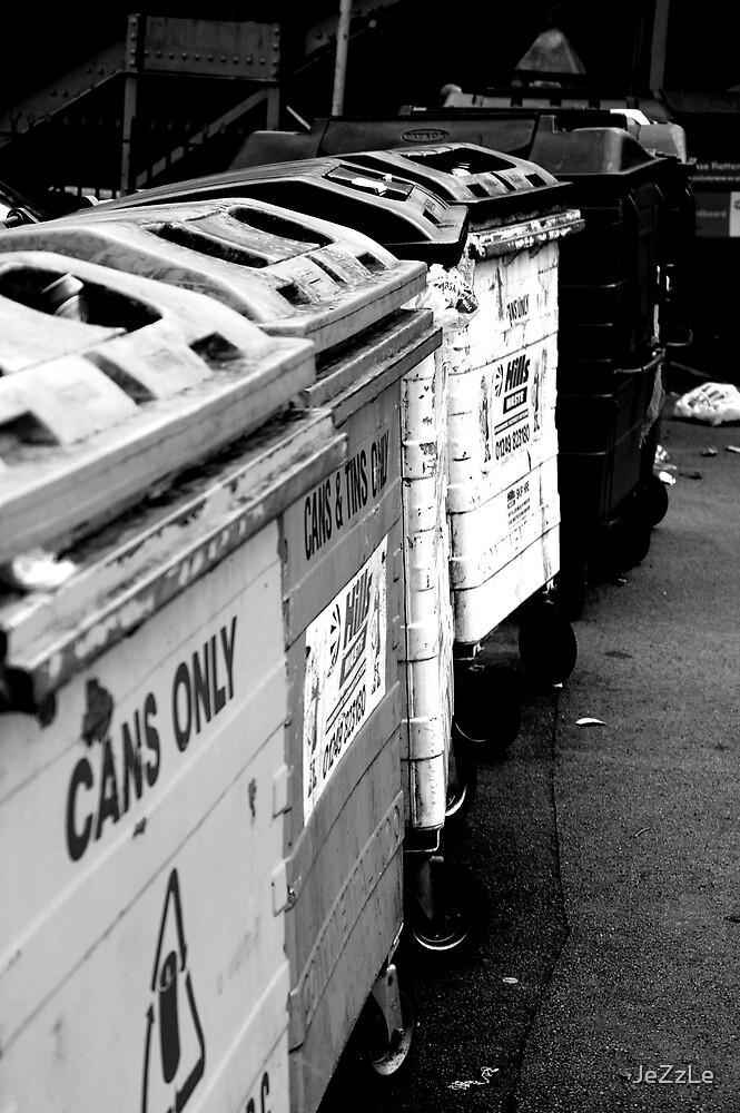 Trash. by JeZzLe