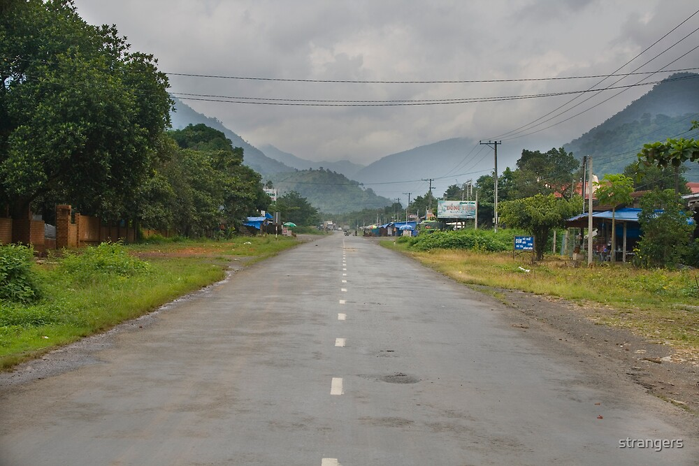 Road to Dalat by strangers