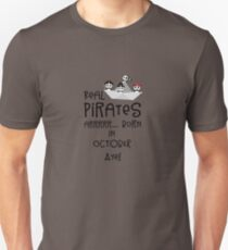 Real Pirates are born in OCTOBER Rbclk T-Shirt