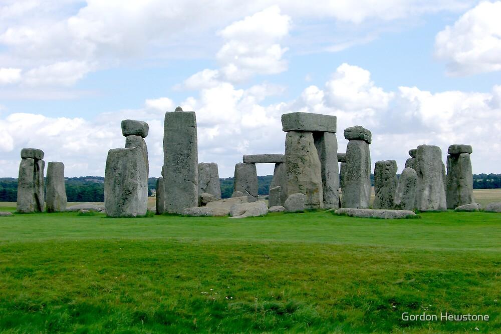 Stonehenge by Gordon Hewstone