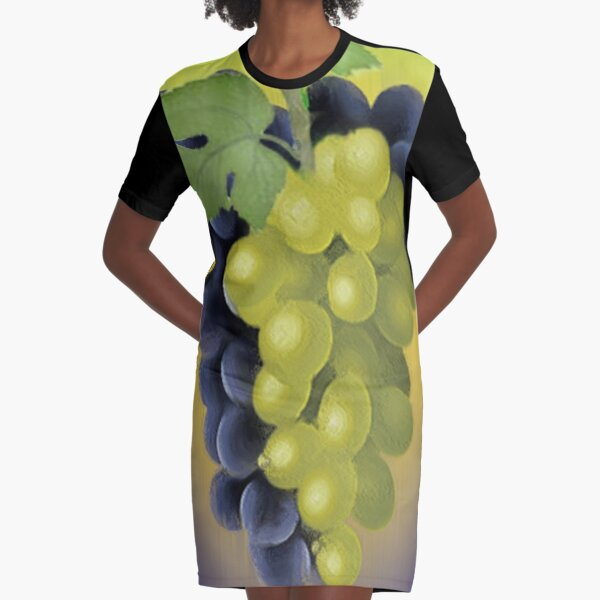 Grapes / The Fruit Shop Graphic T-Shirt Dress