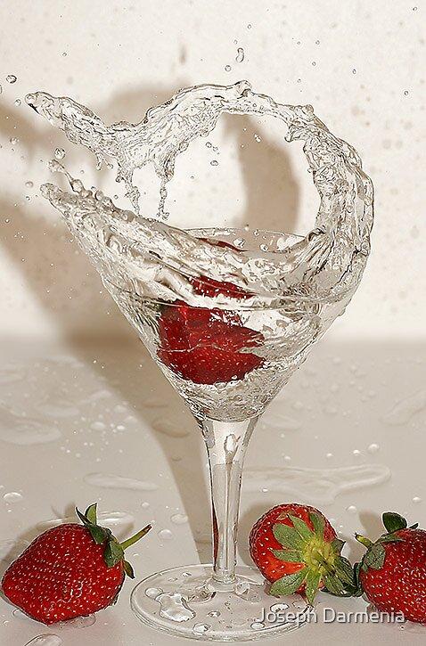 Strawberry SPLASH by Joseph Darmenia