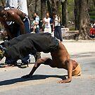 Breakdancer 8 by Louis Galli