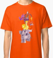 Amazing balancing acrobatic animals Classic T-Shirt