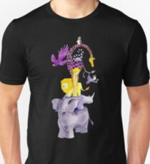 Amazing balancing acrobatic animals T-Shirt