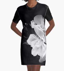 Geranium in black and white Graphic T-Shirt Dress