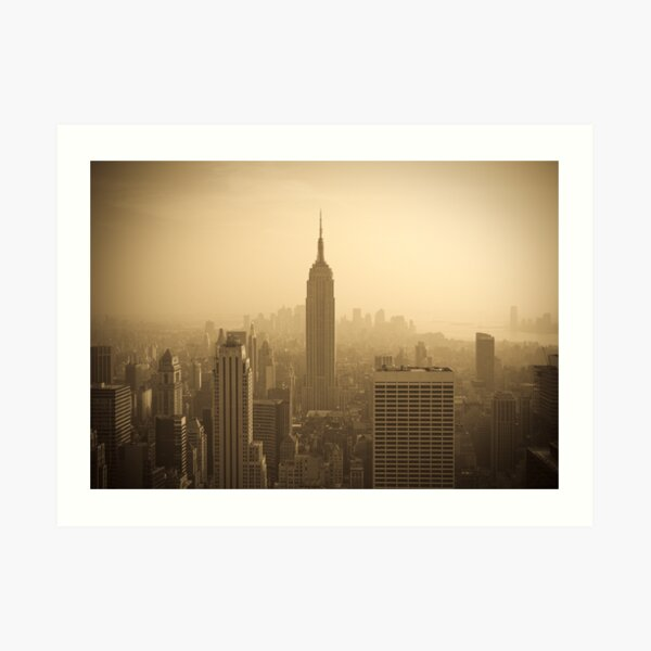 Empire State Building and Manhattan Skyline (Alan Copson ©) Art Print