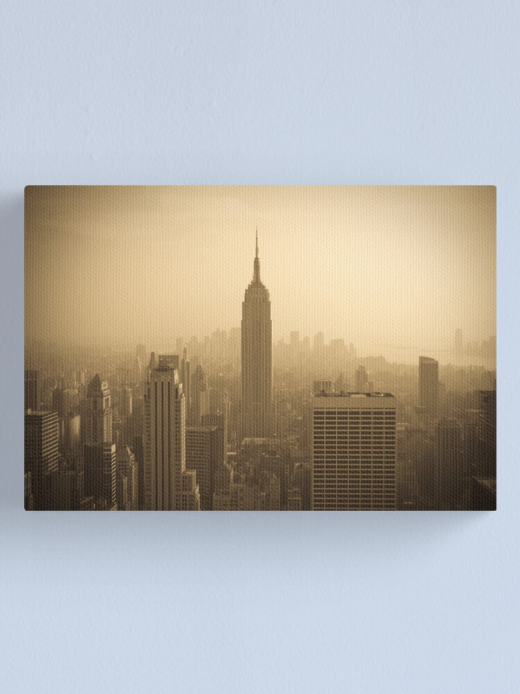Alternate view of Empire State Building and Manhattan Skyline (Alan Copson ©) Canvas Print