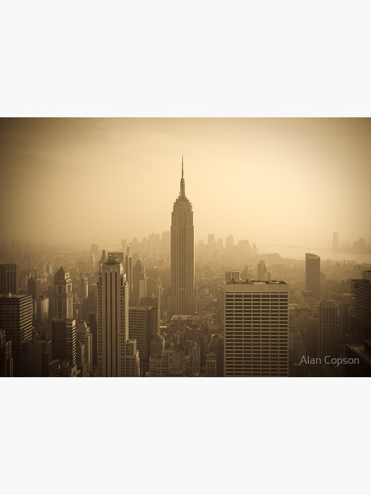 Empire State Building and Manhattan Skyline (Alan Copson ©) by AlanCopson