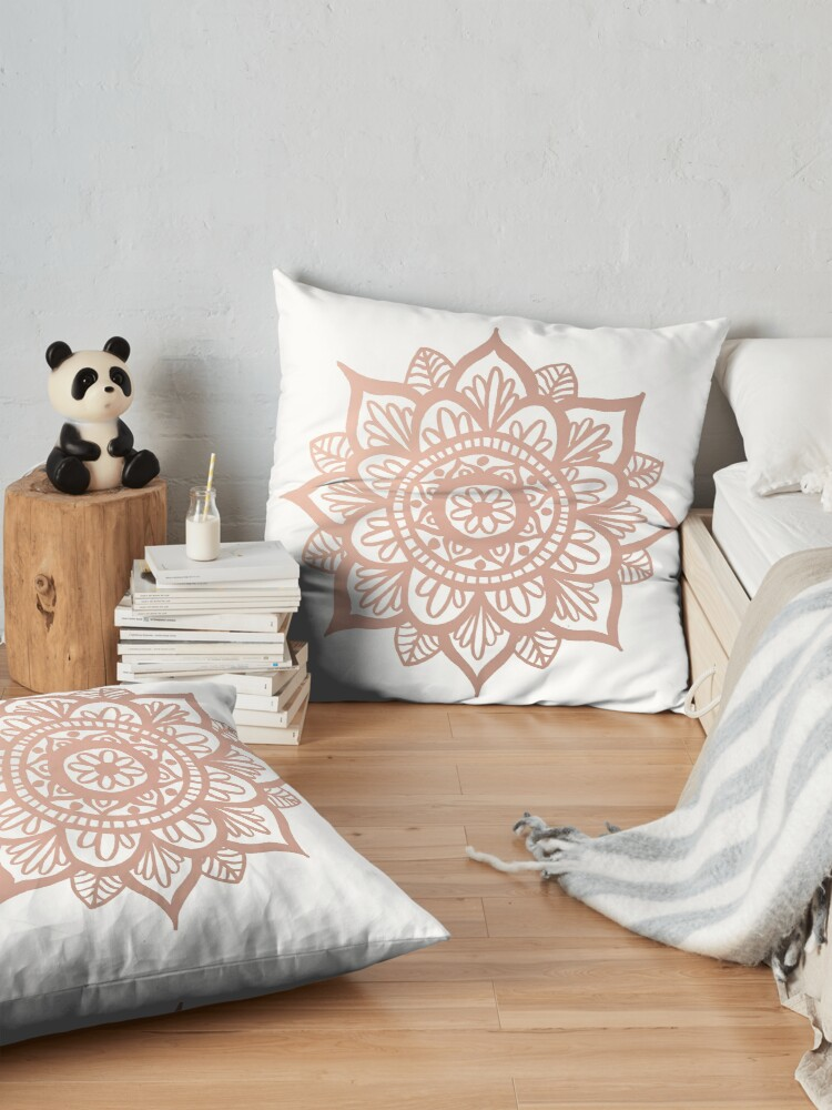Vista alternativa de Cojines de suelo Nuevo Mandala de oro rosa
