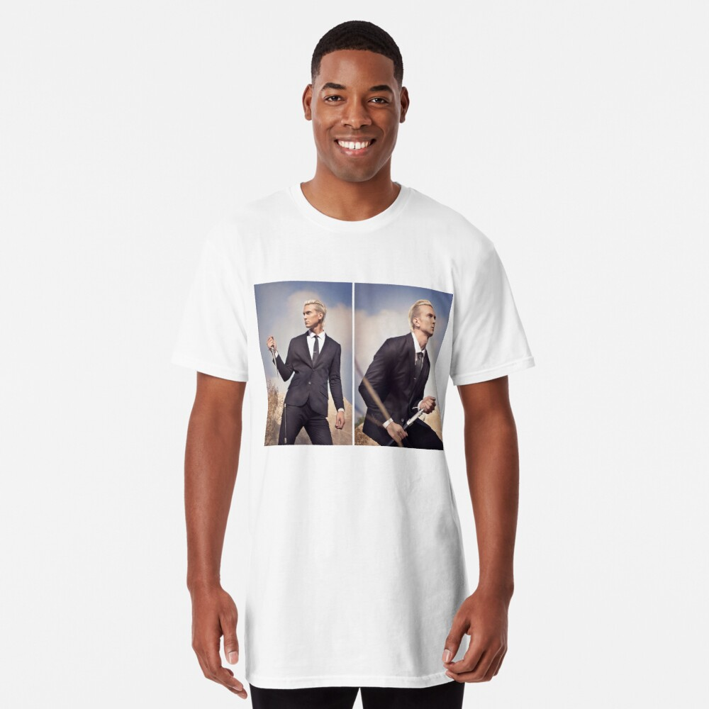 Travis Fights Giants Double Image Long T-Shirt