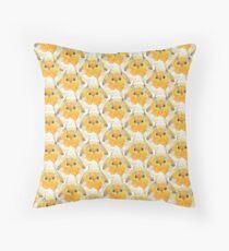 Robin Bird Pattern illustration Throw Pillow