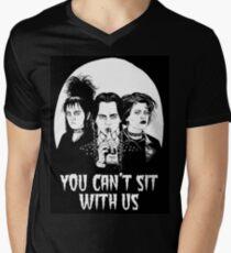 Camiseta para hombre de cuello en v No puedes sentarte con nosotros.