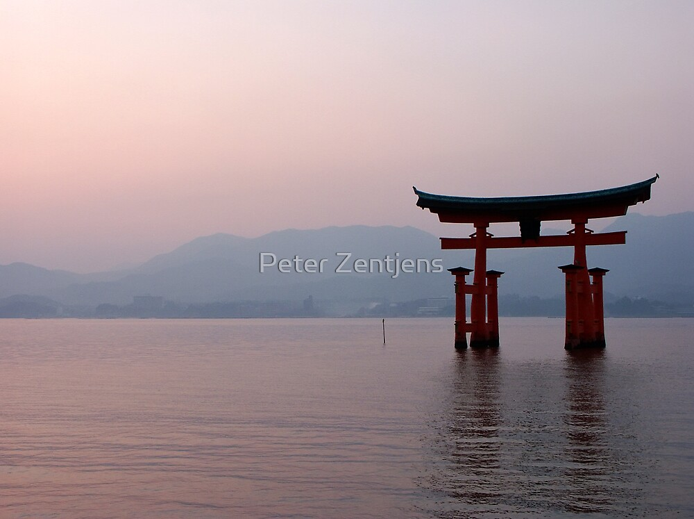 Sunrise at Miyajima by Peter Zentjens