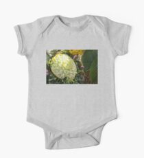Extravagant Jeweled Dishes - Carved Melon Flower With Green Pearls Kids Clothes