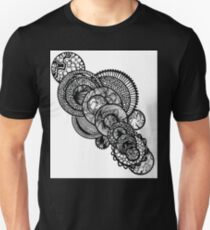 UNIVERSAL GEARING T-Shirt