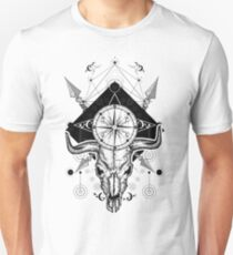 Bison skull, compass and crossed arrows T-Shirt