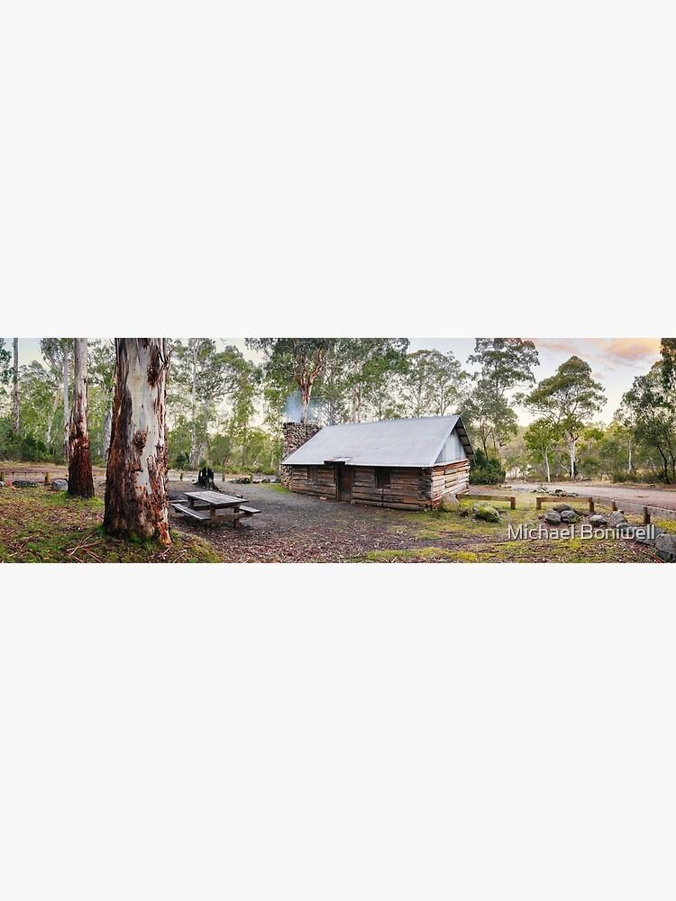 Moscow Villa Hut, Nunniong, Victoria, Australia by Chockstone