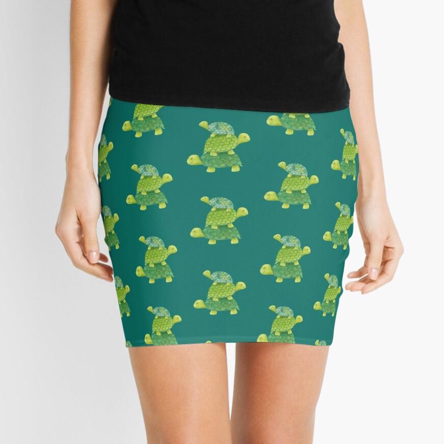 Linda pila de tortugas en verde azulado, verde lima y turquesa Minifalda