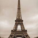 Tour Eiffel by Patrick Czaplewski