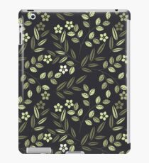 Seamless pattern with decorative flowers and leaves isolated on black background iPad Case/Skin