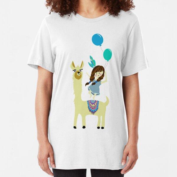 verrücktes Alpaka und Mädchen mit Luftballons Slim Fit T-Shirt