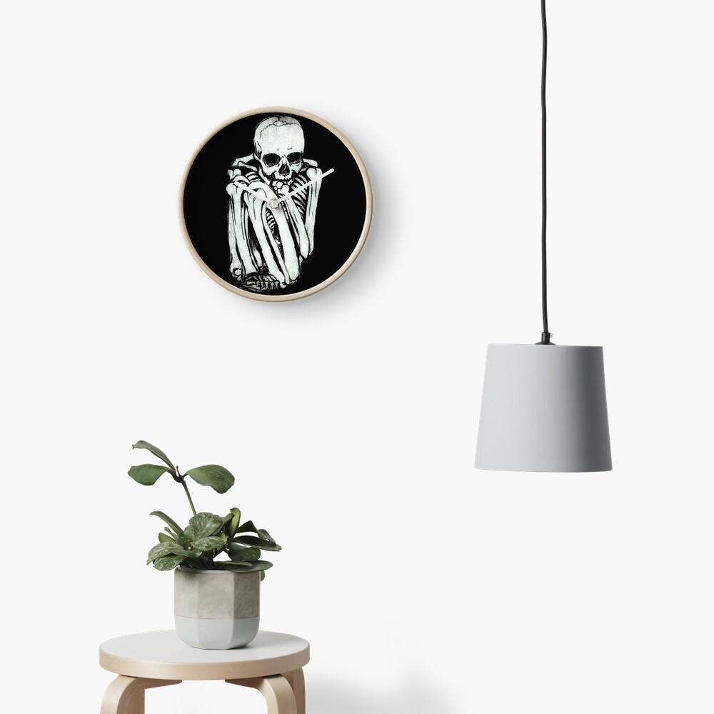 Comfy Skeleton Clock