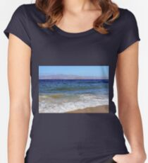 Beautiful landscape with the sea and clear sky in Greece  Women's Fitted Scoop T-Shirt