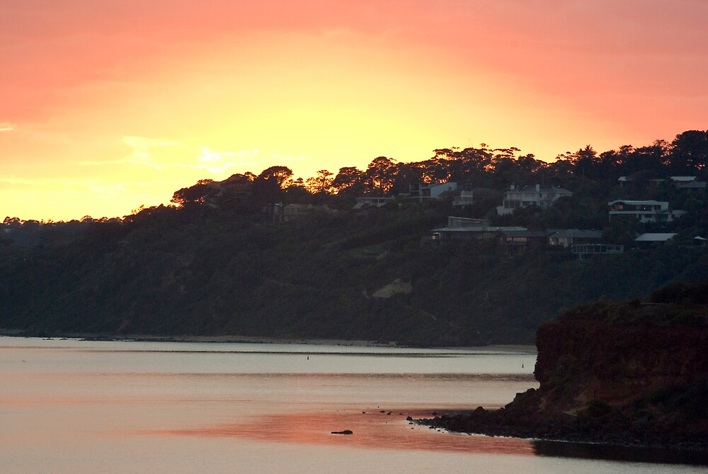 Sunrise,from Mothers Beach,Mornington,Vic. by Peter Rowley
