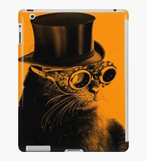 Steampunk Mojo the cat in goggles and a top hat iPad Case/Skin