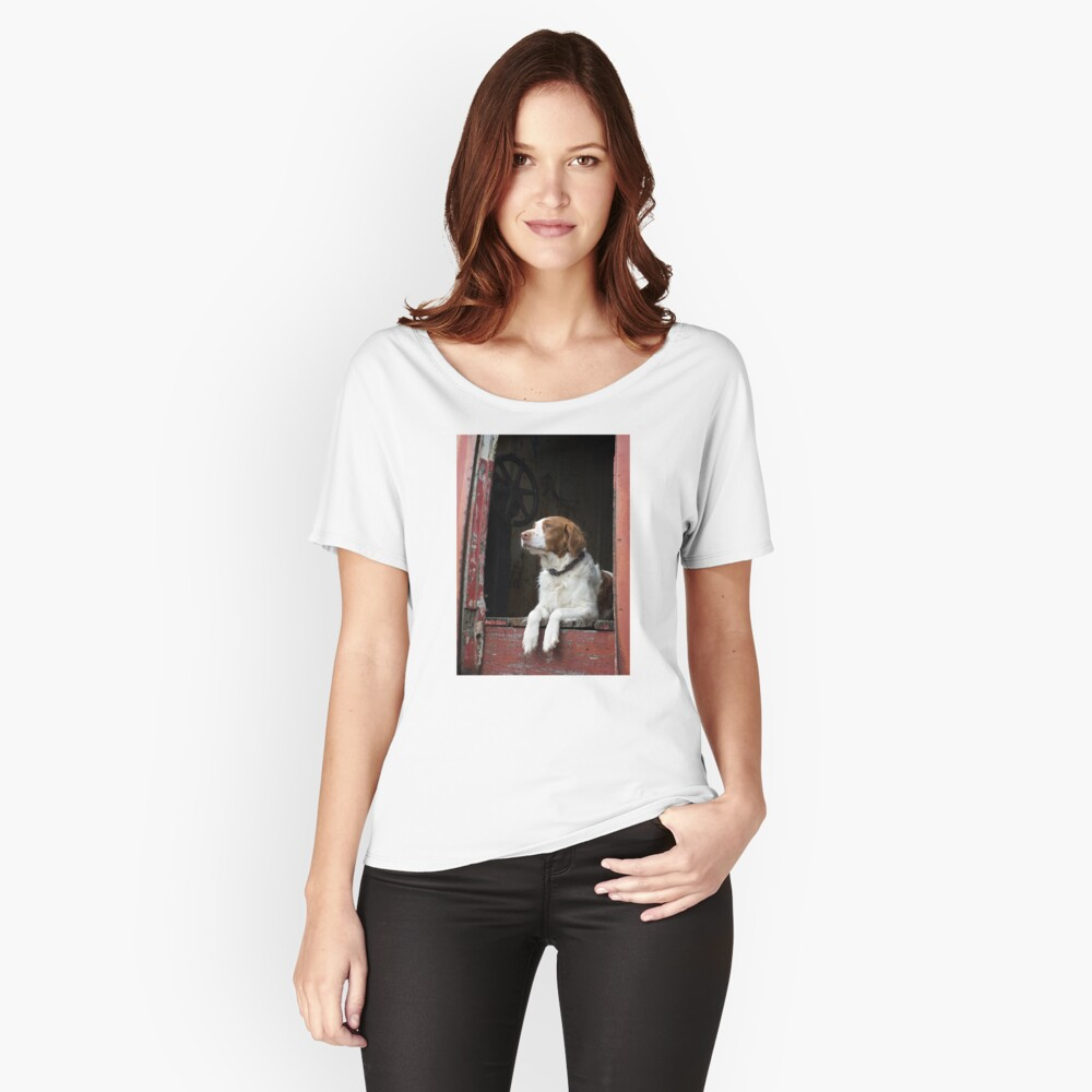 Waiting For The Hunt Women's Relaxed Fit T-Shirt Front