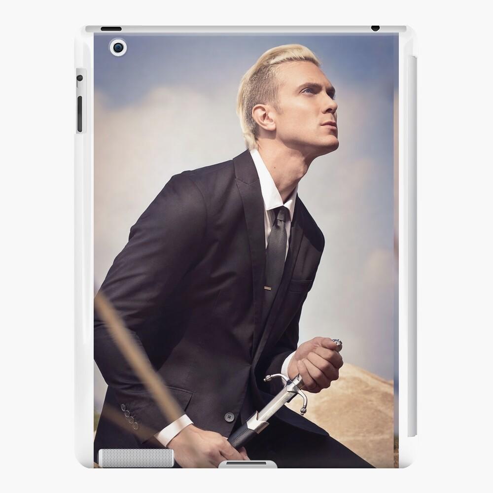 Travis Fights Giants 4 iPad Cases & Skins