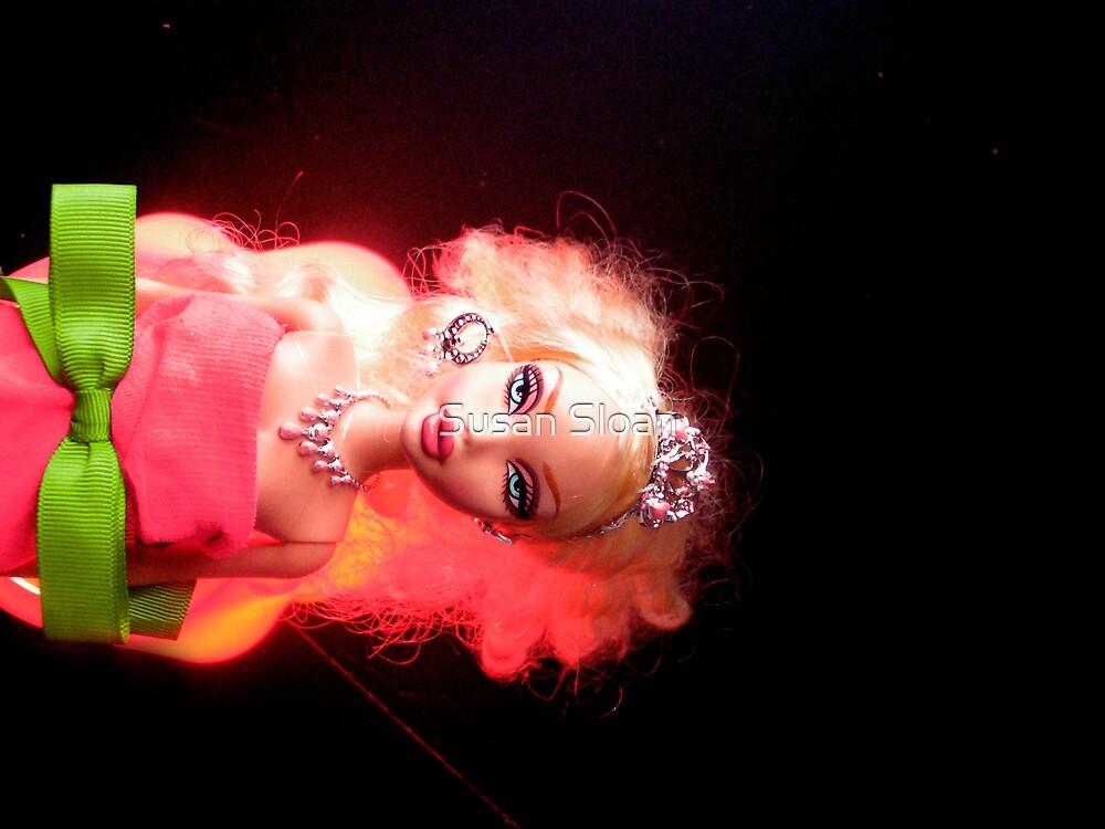 ROXY LOVES DEBBIE II by Susan Sloan