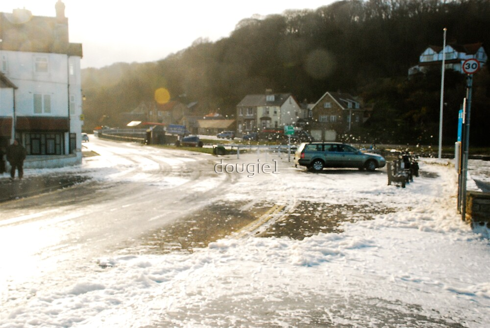 Sandsend at spring tide by dougie1
