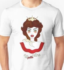 "Little queen with French designation ""la petite reine"" - beautiful girl illustration T-Shirt"