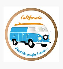 Colorful camper-van illustration with peace signs, surfboard und the handwritten words California - Find the perfect wave Photographic Print