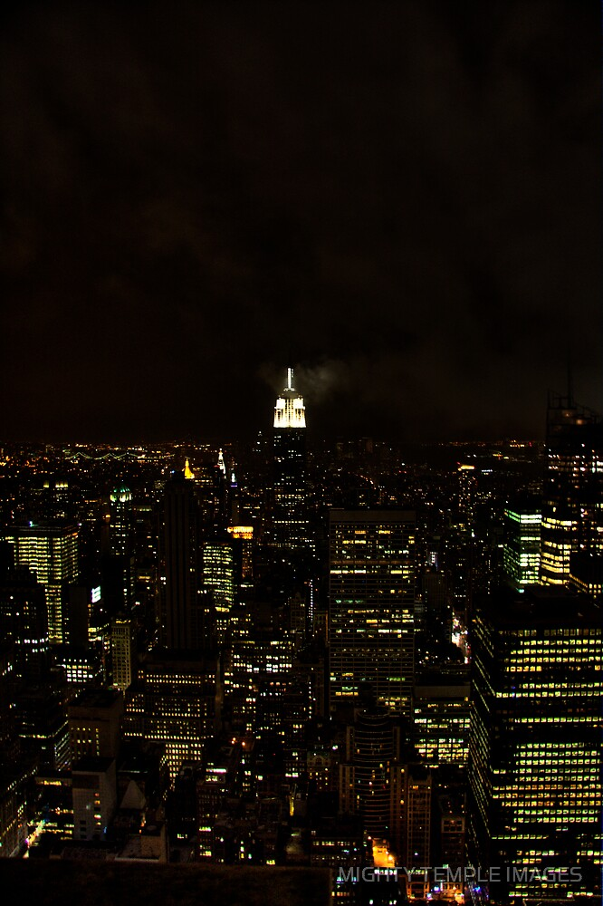 NY Night by MIGHTY TEMPLE IMAGES