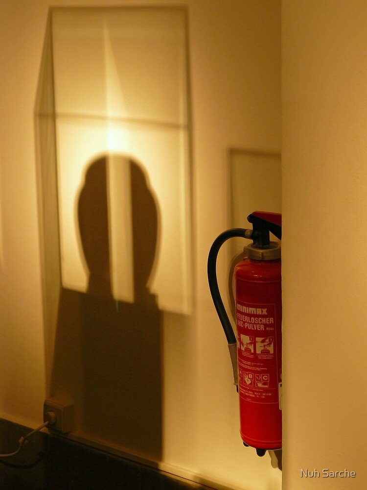 Extinguisher in the museum... by Nuh Sarche