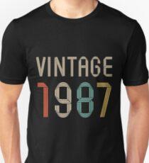 1987 30 years old birthday  T-Shirt