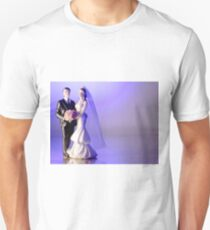 Standard figure of bride and groom T-Shirt